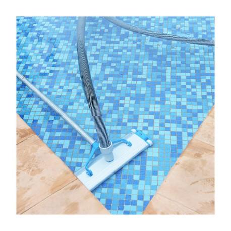 Entretenir sa piscine au quotidien